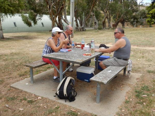 Ein gemütliches Picknick mit Lisbeth und Roland.